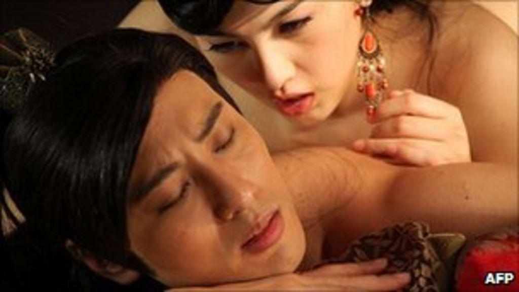 milf vs young erotic bilder kostenlos