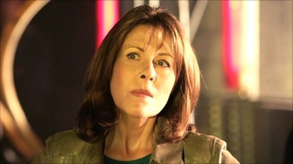 elisabeth sladen photos