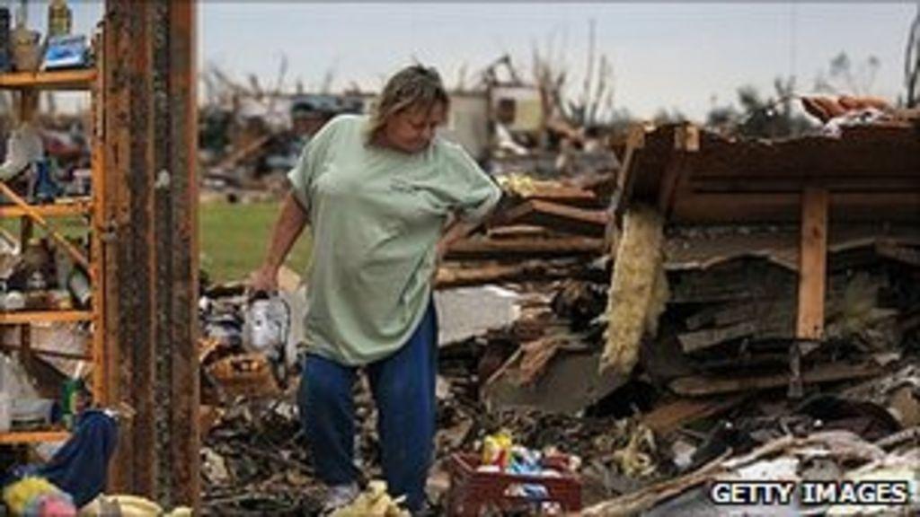 Tornado death toll in Joplin, Missouri, rises to 142 - BBC ...
