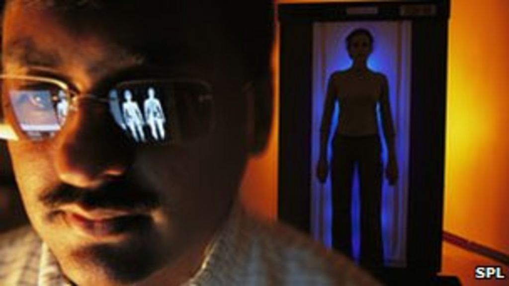 Are airport body scanners a radiation risk? - BBC News