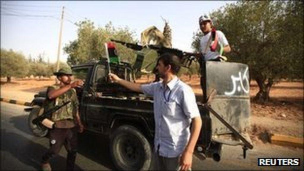 Libya conflict: anti-Gaddafi forces threaten Bani Walid