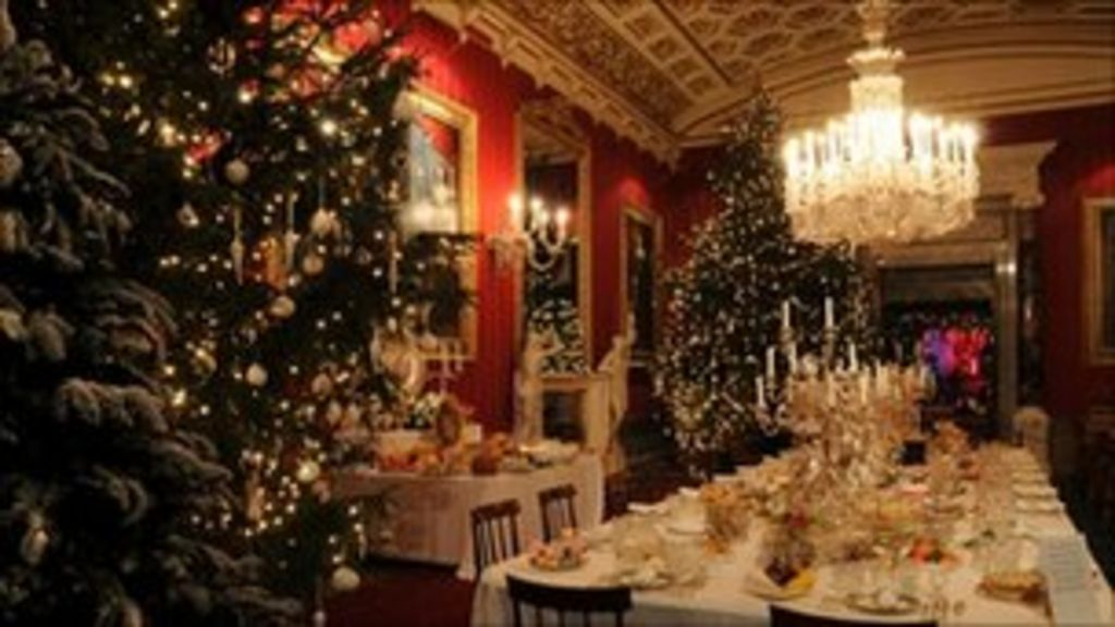 Chatsworth House's 10th Christmas celebration - Chatsworth House's 10th Christmas Celebration - BBC News
