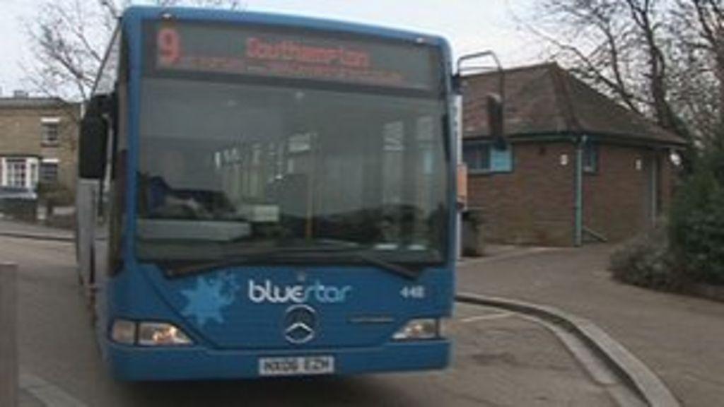 Bluestar in Hampshire introduce cashless bus tickets - BBC News