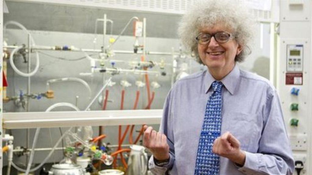 Periodic tables professor martyn poliakoff is cult hit bbc news urtaz Images