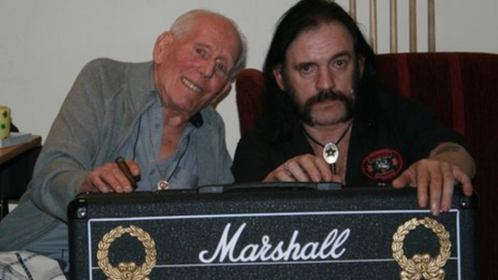Guitar amp pioneer Jim Marshall dies aged 88 - BBC News