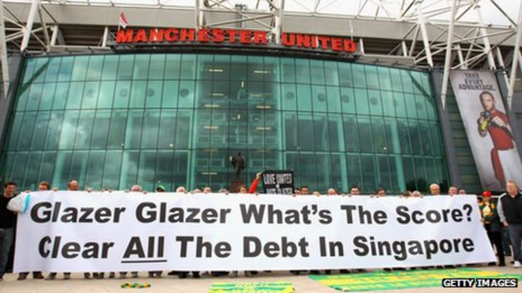 Manchester United share sale causes controversy among fans