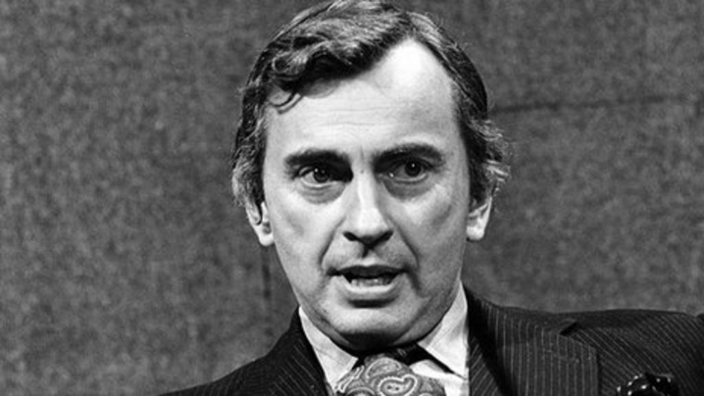 the holy family essay by gore vidal Gore vidal was the author of some three dozen novels, hundreds of essays, several plays and dozens of screenplays for the movies and television he would make other political forays, by then out of favour with the kennedys, a clan he dubbed the holy family in one of the essays for which he had.