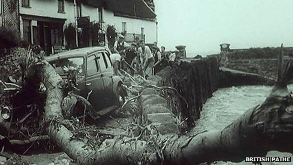 _62286335_lynmouth_floods_1952.jpg