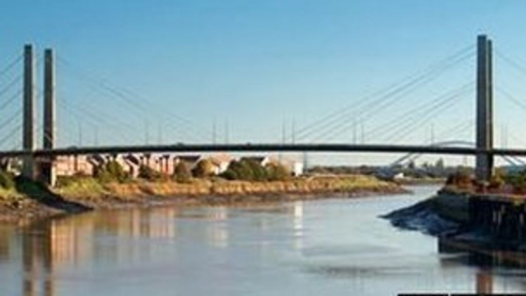 newport city centre man rescued from river usk bbc news. Black Bedroom Furniture Sets. Home Design Ideas