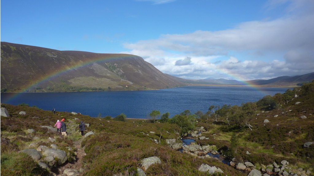 William Wallace from Aberdeenshire said he was alerted to this rainbow by fellow walkers as he was heading away from Loch Muick.