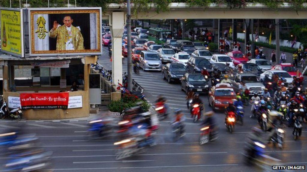 10 monster traffic jams from around the world - BBC News