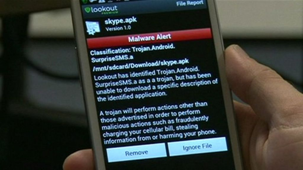 Cyber thieves profit via the mobile in your pocket - BBC News