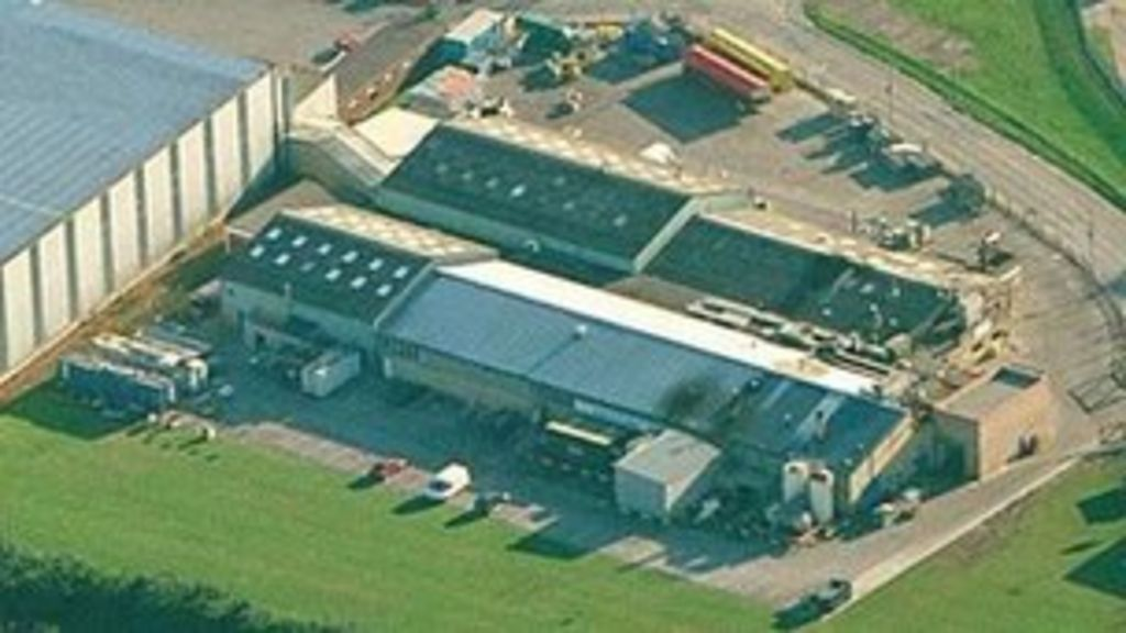 McCain Foods to axe 50 Hull factory production jobs - BBC News