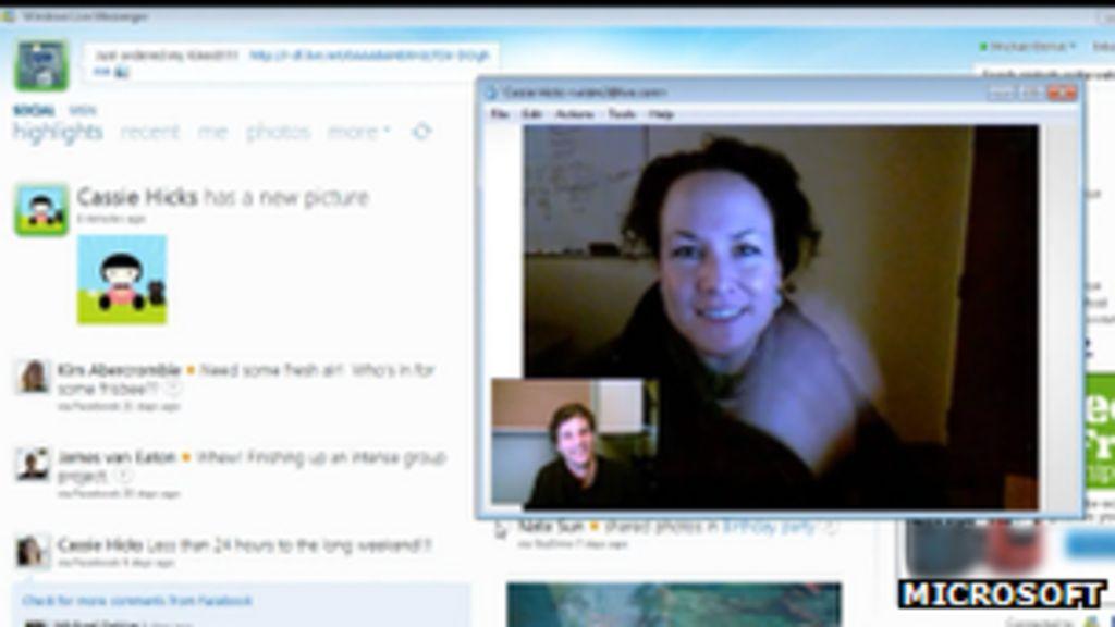 Microsoft ditches Windows Live Messenger for Skype - BBC News