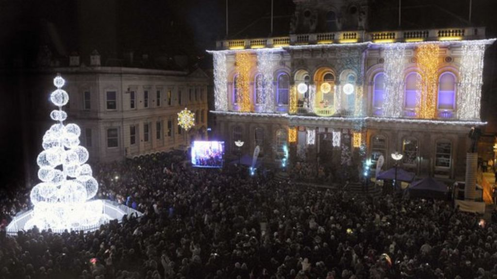 - Ipswich Christmas Lights To Be Switched On 'in Daylight' - BBC News