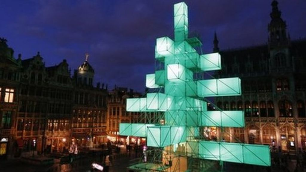 Abstract Christmas Tree Sparks Protests In Brussels Bbc News