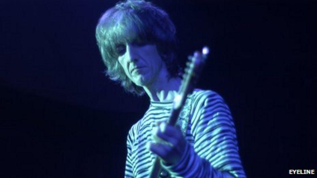 Durutti Column Guitarist Vini Reilly Embarrassed By