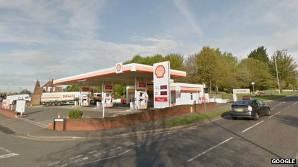 Police Warn Lock Car Doors After Attack On Woman Bbc News