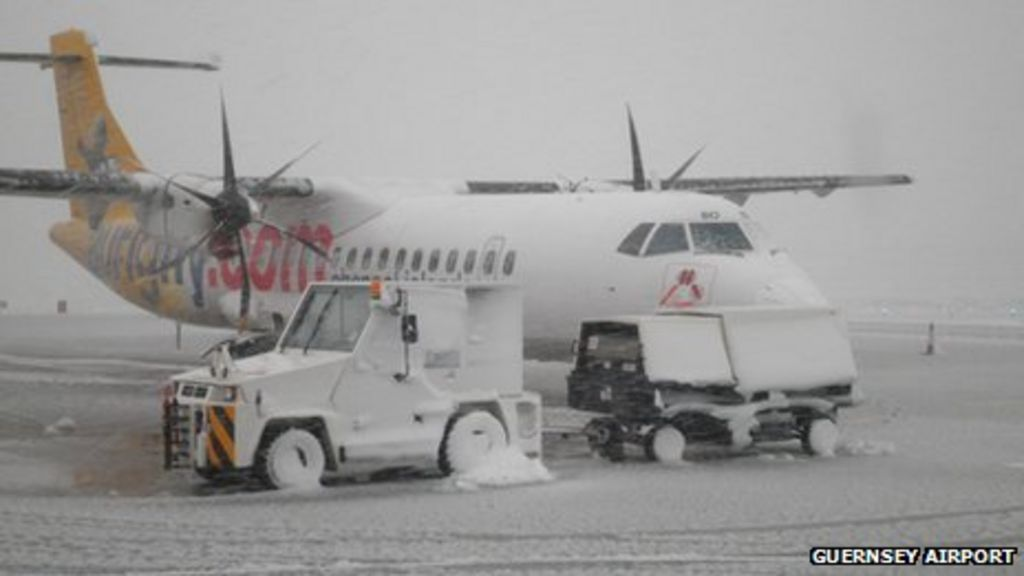 Snow Closes Guernsey And Alderney Airports Bbc News
