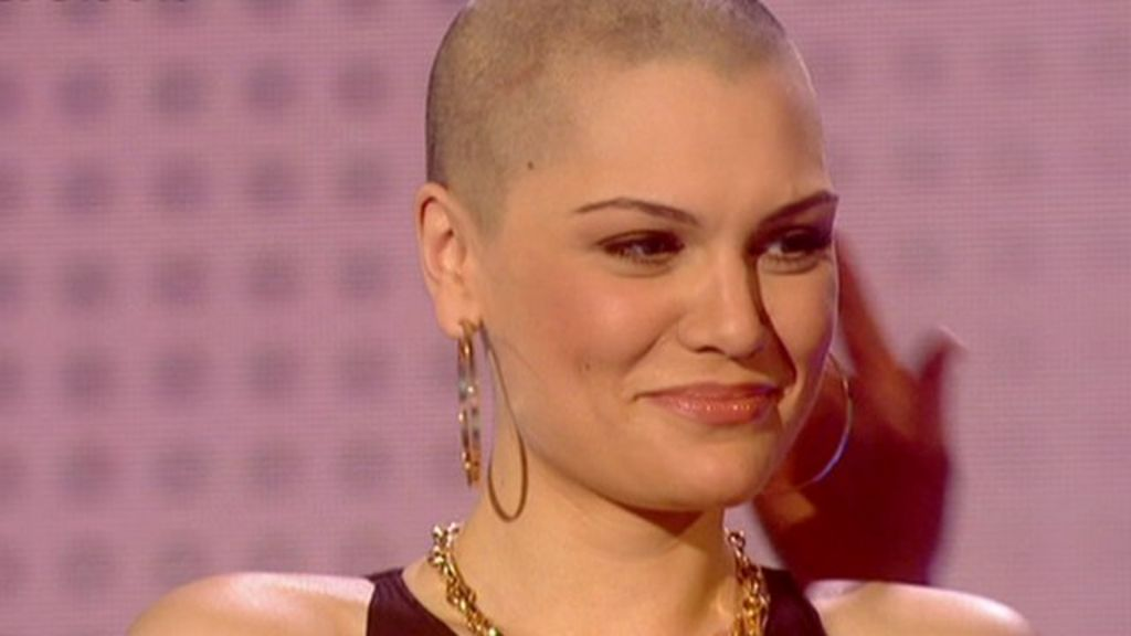 Jessie J Shaves Head For Comic Relief Bbc News