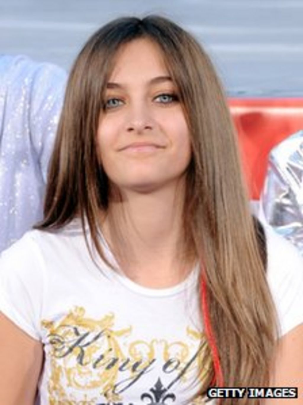 d3bf4a066ee Michael Jackson daughter Paris  tries to kill herself  - BBC News