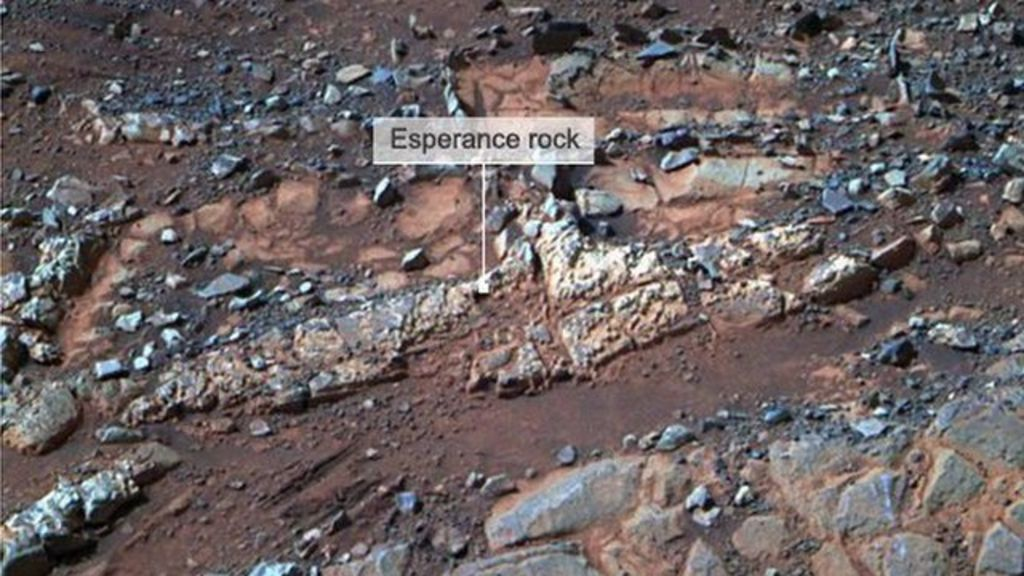 Old Mars rover makes rock discovery