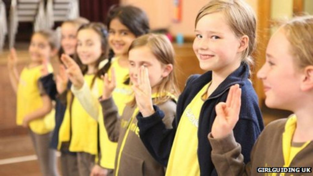 god vow dropped from girlguiding uk promise   bbc news