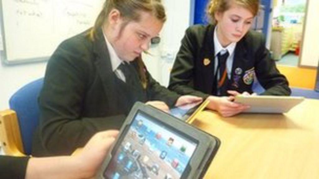 Tablet School Pupils Do Better At Mounts Bay Academy Bbc News