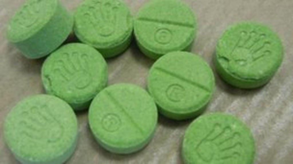 Police renew warning over 'green Rolex' pills - BBC News