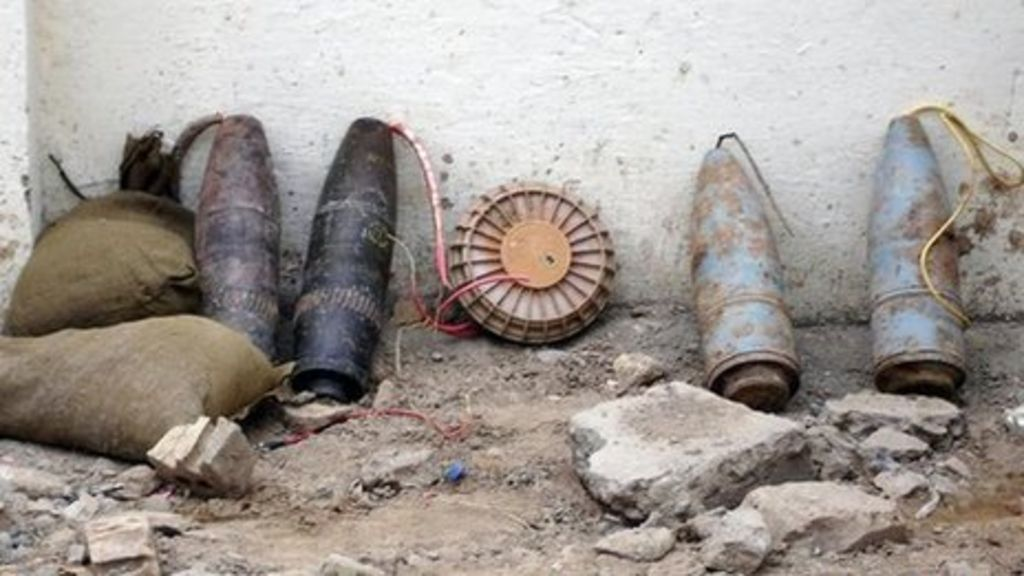 how to spot an ied