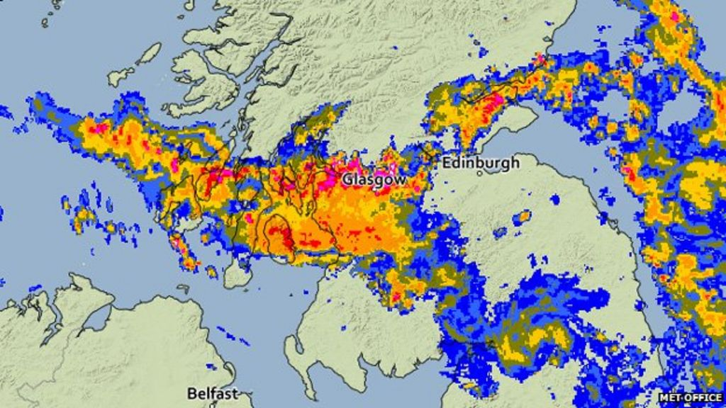 storms spread across scotland after spell of hot weather