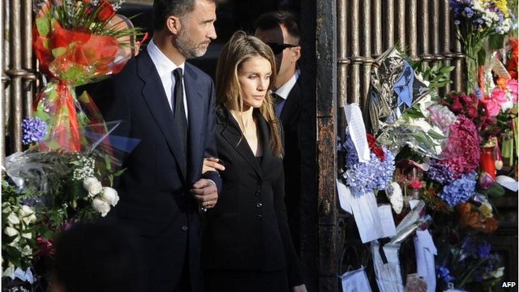 Spain's Crown Prince Felipe and Princess Letizia attend the Mass