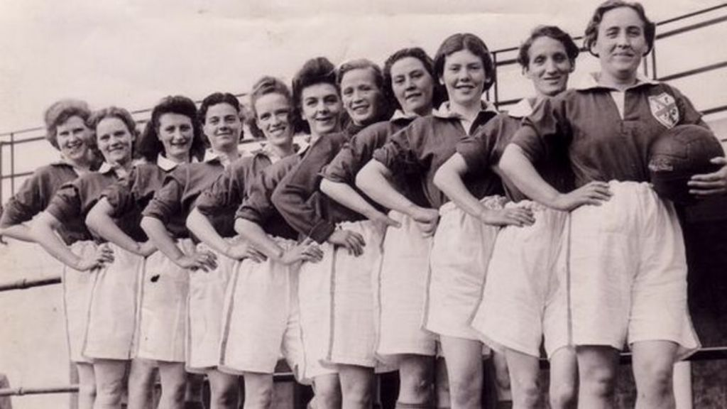 The Honeyballers: Women who fought to play football