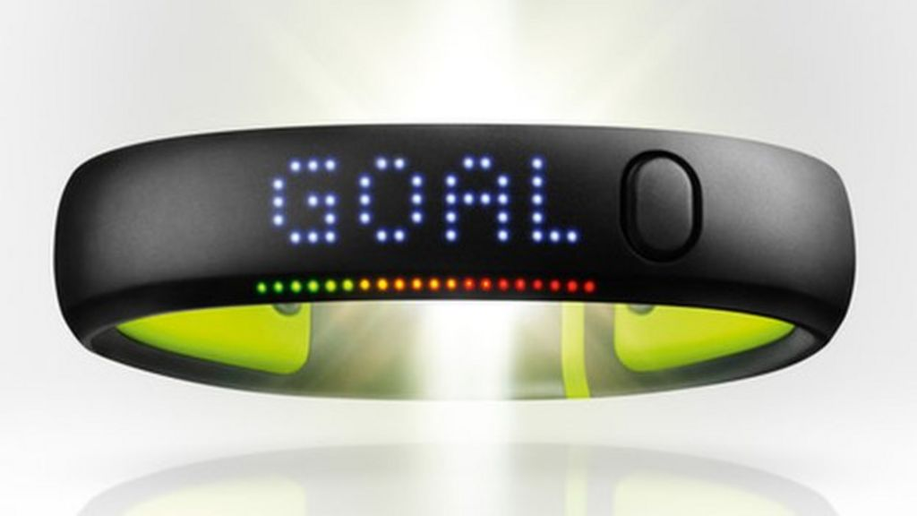 Dependencia Parlamento Manía  Can Nike's Fuelband really motivate you to exercise? - BBC News