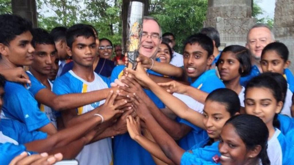 Queen Lu 301 Moved Permanently: Queen's Baton Relay: Welcome To... Sri Lanka