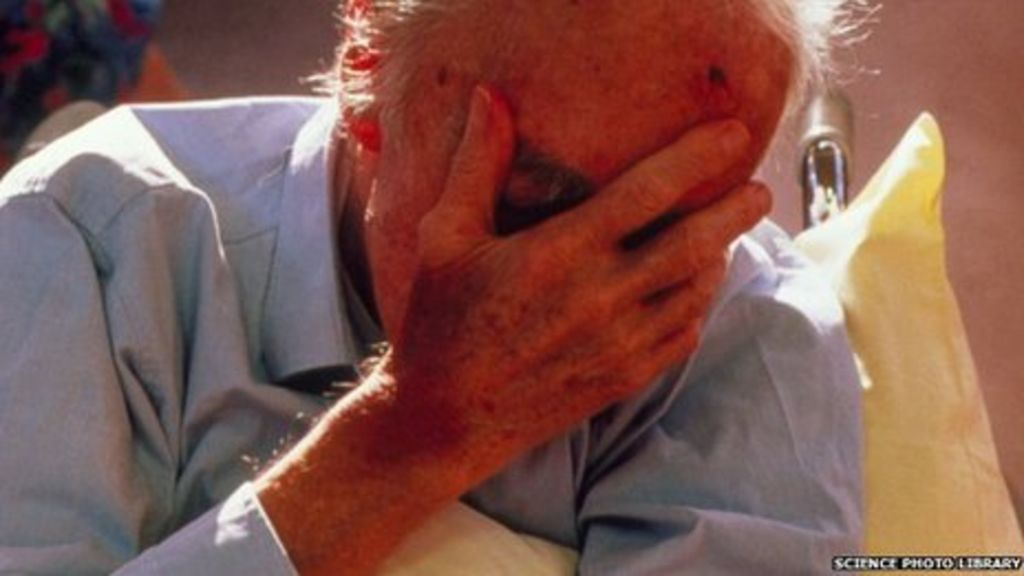 handling a dementia patient a reflective In dementia patients (part 1) screaming is a behavioural problem that can be extremely overwhelming and create enormous stress, not only on other patients, but on staff as well.