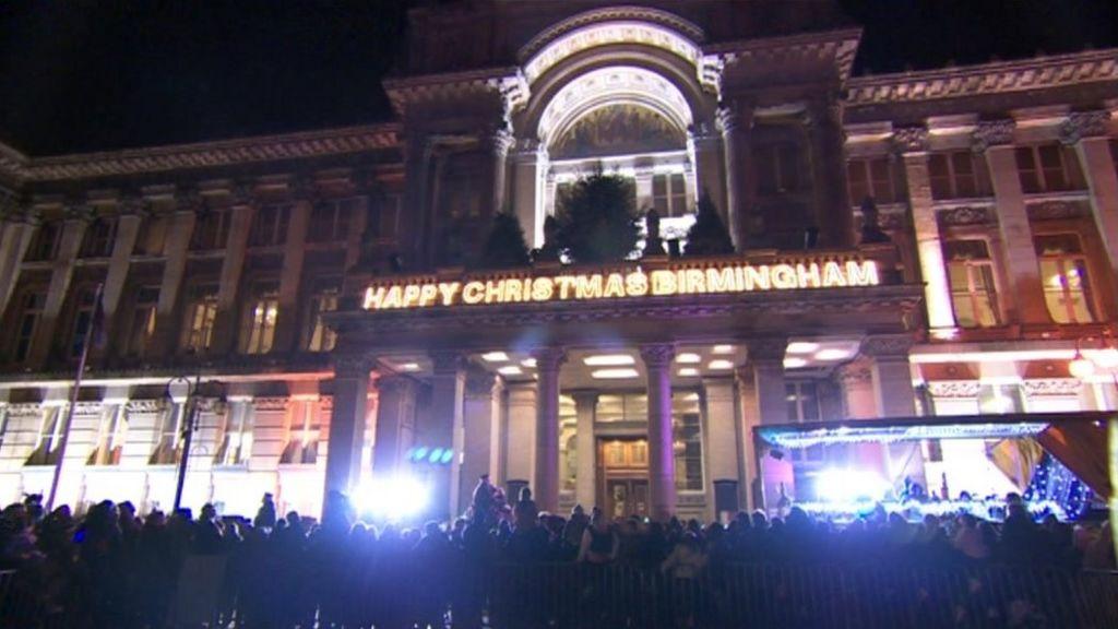 Thousands watch Birmingham Christmas lights switch-on - Thousands Watch Birmingham Christmas Lights Switch-on - BBC News