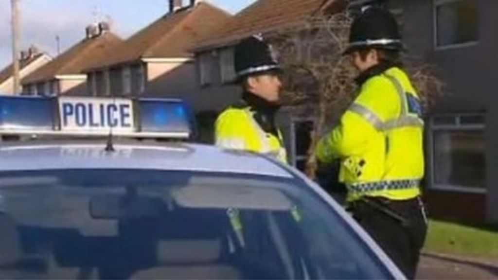 how to call police in uk