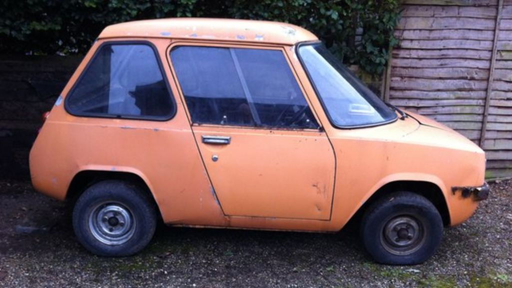 The Enfield Thunderbolt: An electric car before its time - BBC News