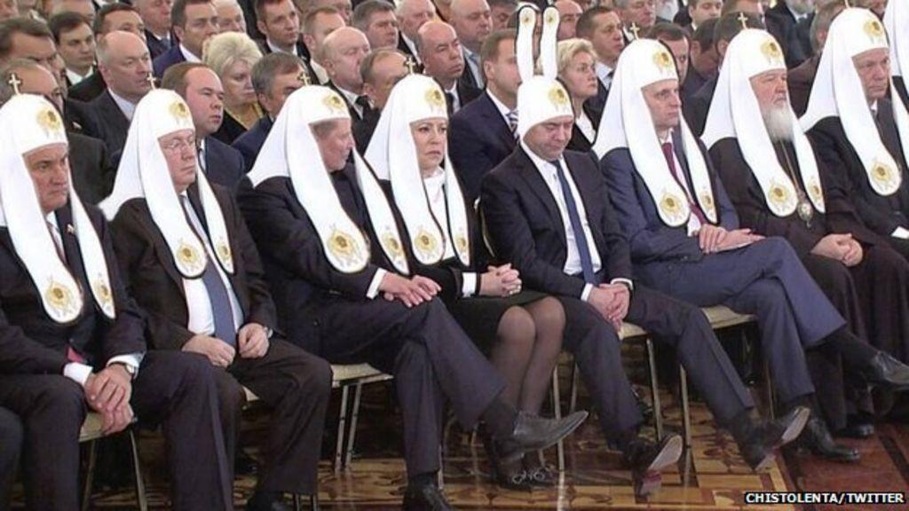 Altered Images: Russian PM in bunny ears - BBC News Спящий Медведев Фотожабы