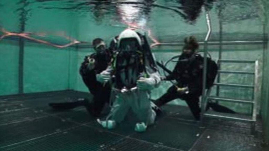 where do astronauts train - photo #23