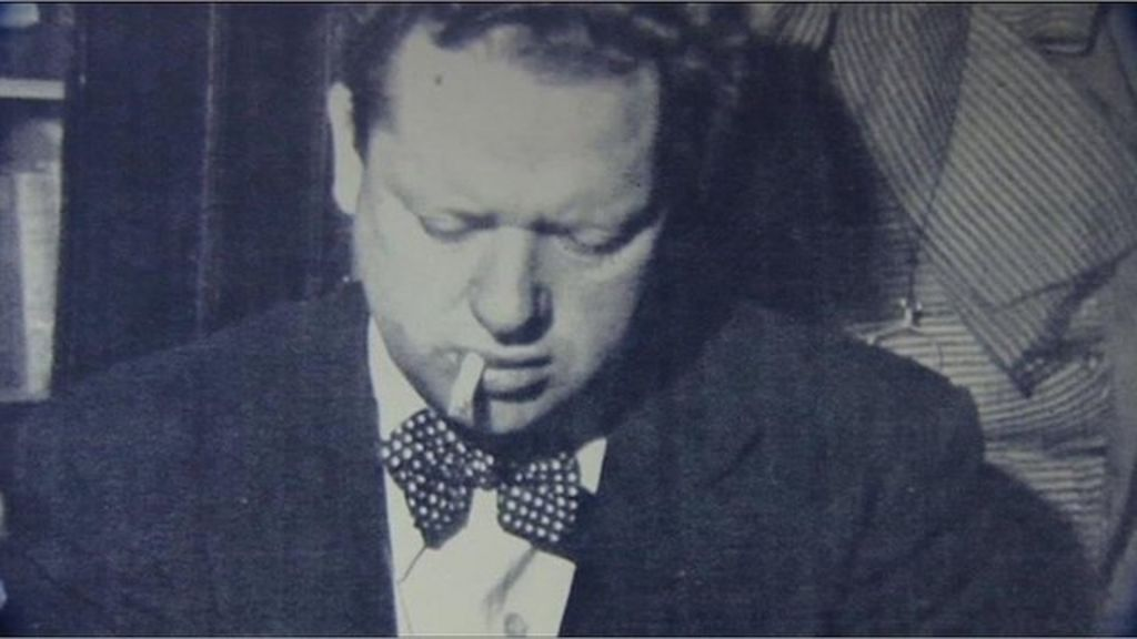 a biography of dylan thomas a welsh poet and writer