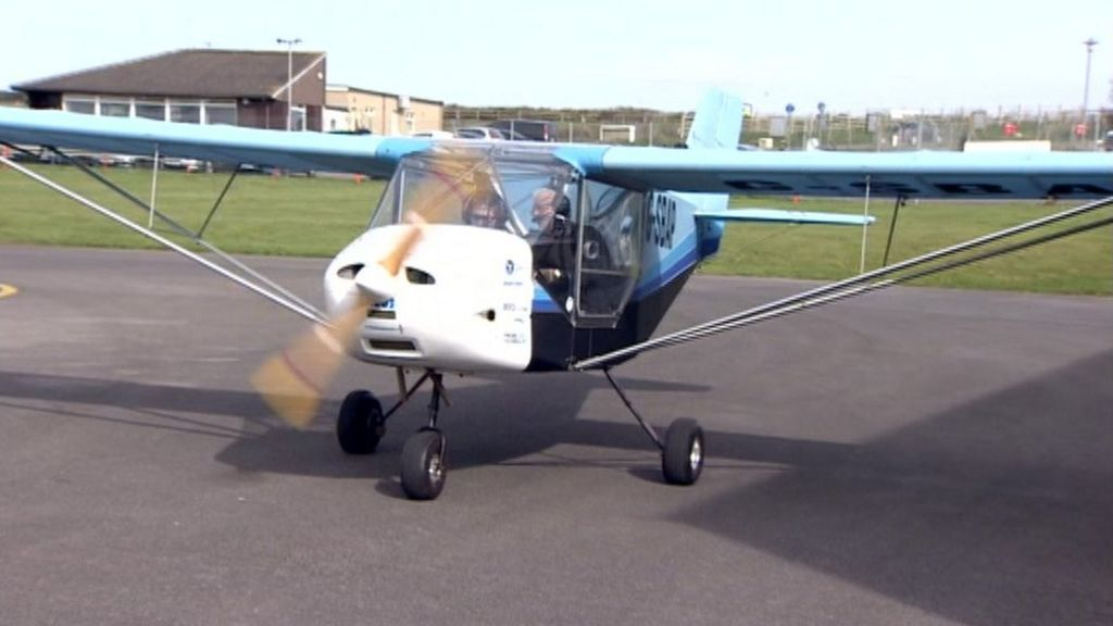 Stroud pupils build microlight from kit then take to skies