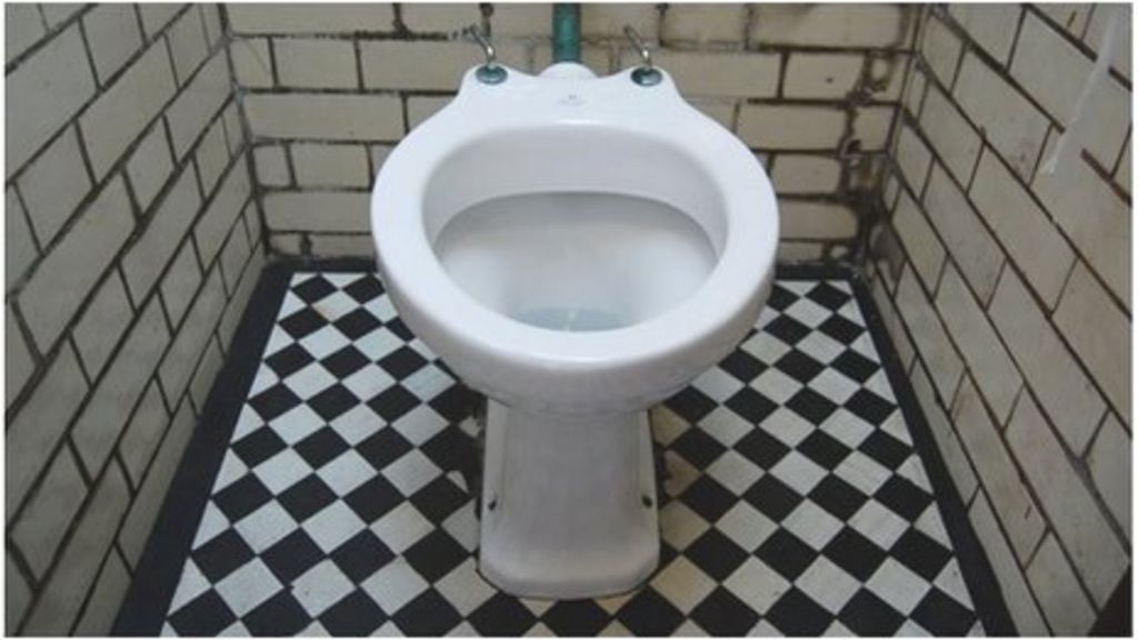 Wales 39 Public Toilet Help 39 To Be Made Law 39 Bbc News