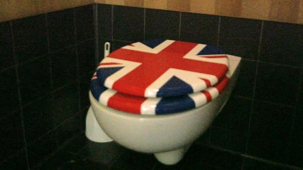 union jack toilet seat.  The Loo Lady Woman Who Gives Tours Of London S Toilets BBC News