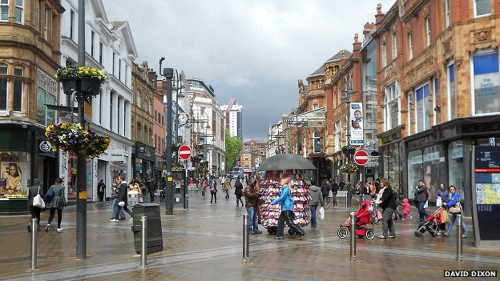 leeds city centre longer pedestrian hours bbc news. Black Bedroom Furniture Sets. Home Design Ideas