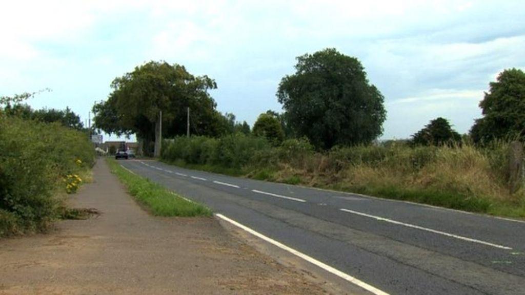 Ballyclare car crash: Man dies in Doagh Road collision - BBC