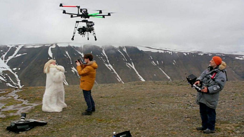 Commander drone parrot mini et avis drone volt villepinte