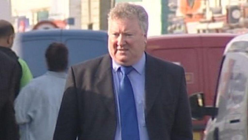 Former Lincolnshire Academy Boss Shocked By Fraud Allegations Bbc News Pentru a scrie un review trebuie sa fii autentificat. bbc com