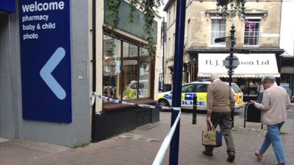 three held after man found critically injured in devizes. Black Bedroom Furniture Sets. Home Design Ideas